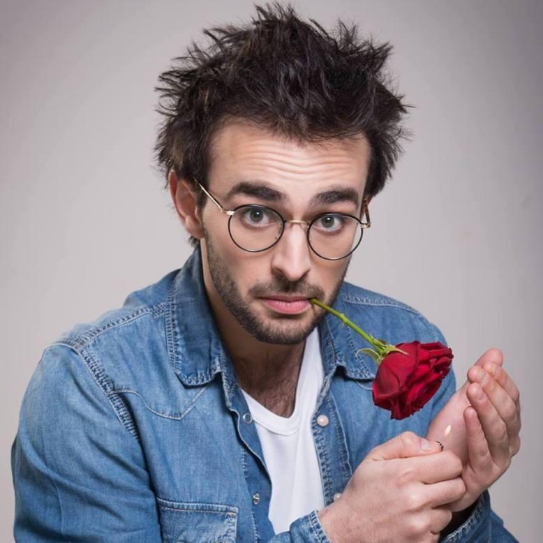 Félix Rose bouche